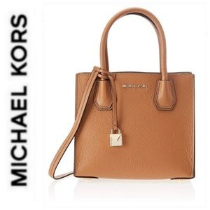 Michael Kors Bags - NWT authentic MK genuine leather Mercer messenger